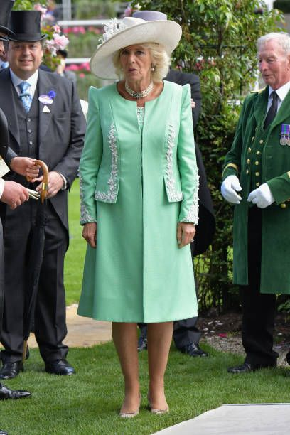 Pin on HM Queen Elizabeth ~ Daily Pictures of her