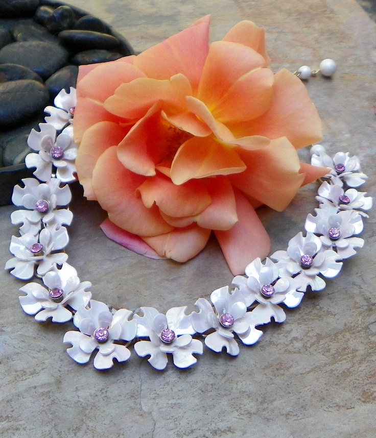 Such a beautiful flower necklace. $55.00, via Etsy.