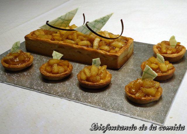 Tarta y Tartaletas con Quiche de Nuez Moscada y Manzanas salteadas en Caramelo - Disfrutando de la comida