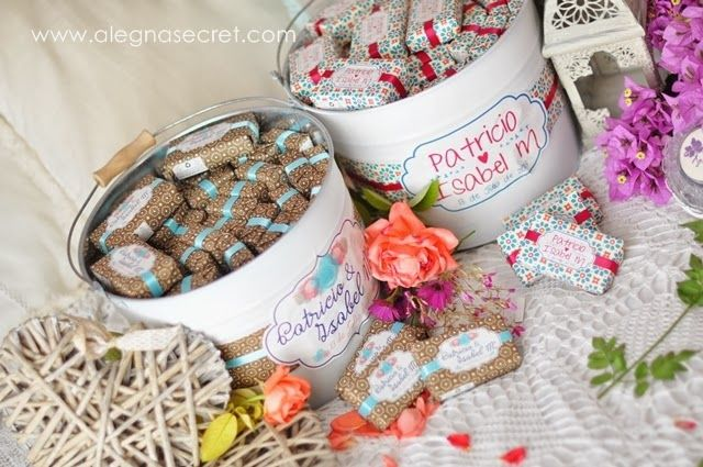 Jabonería y bálsamos labiales personalizados by Alegna Secret