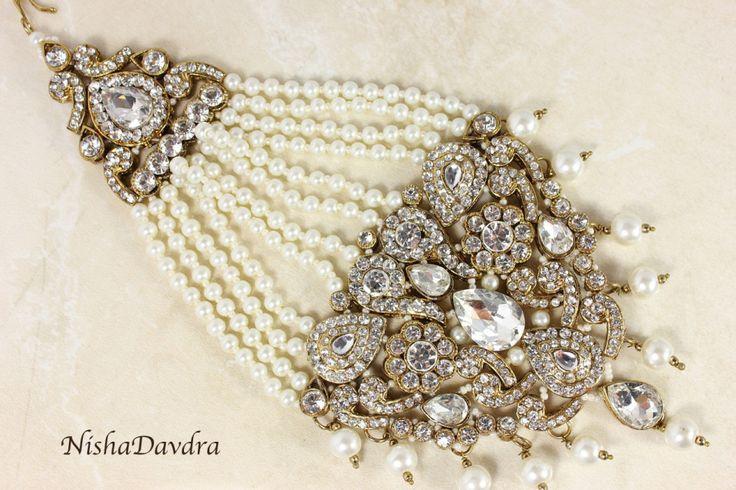 Passa Jhoomer Headpiece - Available at www.NishaDavdra.com  Worldwide delivery #indianbride #indianbridaljewelry #sikhbride #punjabibride #bride #wedding #tikka #tika #tikha #passa #jhoomer #joomer #jhumar #jhoomer #headjewellery #ornateheadjewelry #coloursofindia #hairjewels #hairaccessories #hoojab #hijab #pakistani