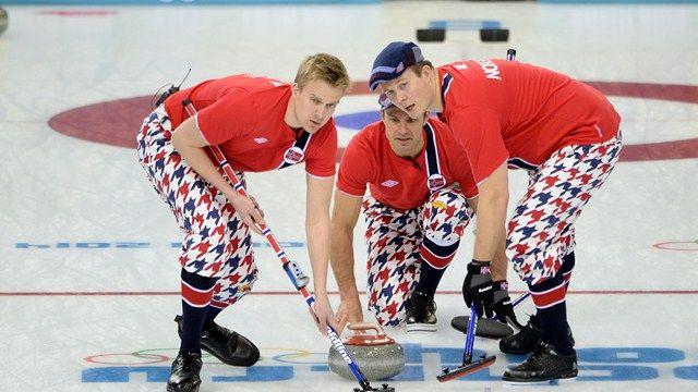Canada perd contre la Norvège 8-5 qui les place en 5ème place pour le classement provisoire. Lâchez pas guys! :D