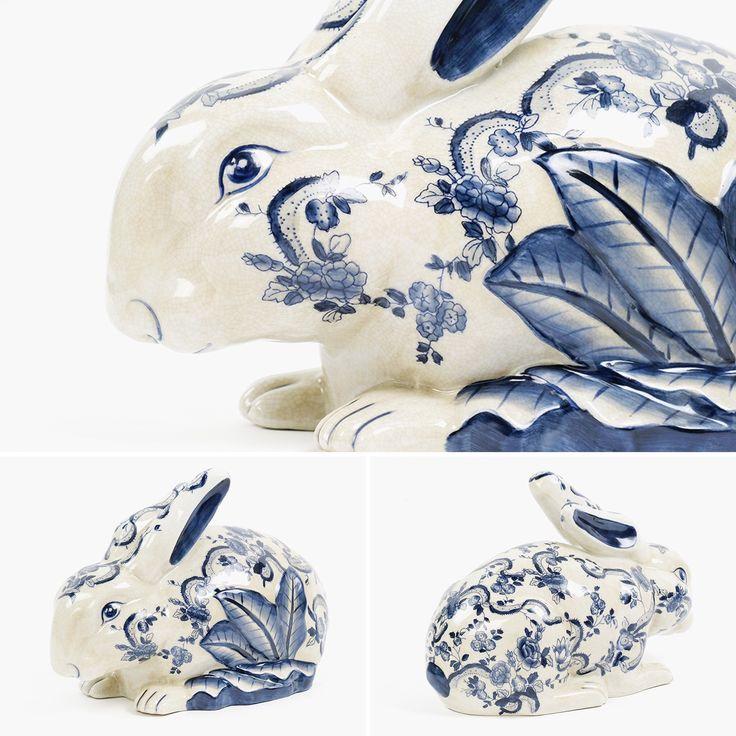 Coelho Craclé Azul e Branco 35,5 cm   A Loja do Gato Preto   #alojadogatopreto   #shoponline   referência 114368725