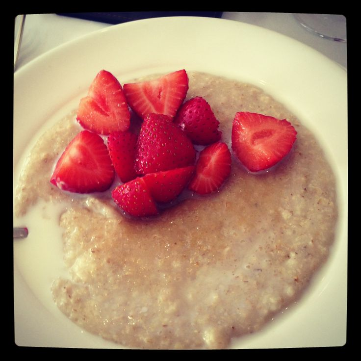Porridge and fresh strawberries with just a hint of brown sugar. Delicious. x