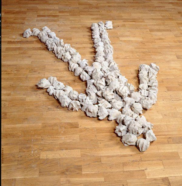 Alighiero Boetti: Signor Lazybones. Retrospective at Tate Modern.