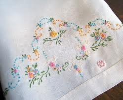 embroidered tea towels - Vintage