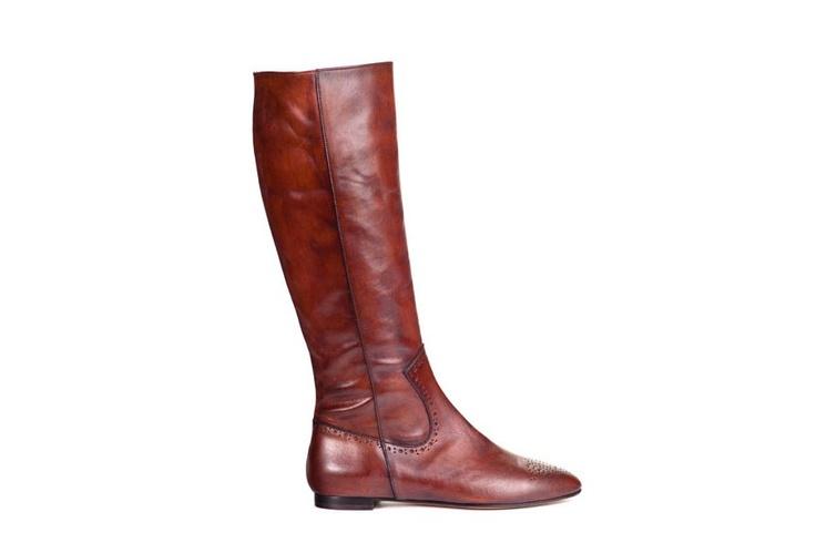 Parade Brown, knee-hi flat boot, leather, brogue detail, brown