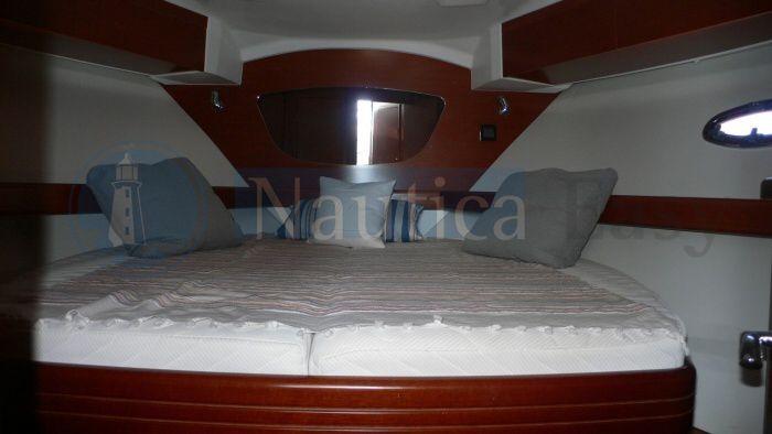 IMBARCAZIONE NON PIU' DISPONIBILE - per altro usato www.nauticaeasy.com  Beneteau - Antares 42 Fly Bridge Anno 2011 - mt 12,82 Motori AB Volvo penta 2 x D6 370 hp diesel