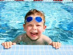 What To Consider When Choosing Swimming Classes For Kids? - http://www.isportsandfitness.com/what-to-consider-when-choosing-swimming-classes-for-kids/