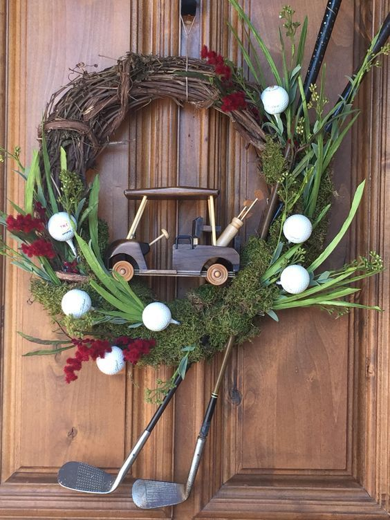 Cute Golf Wreath! More gold diy ideas at #lorisgolfshoppe