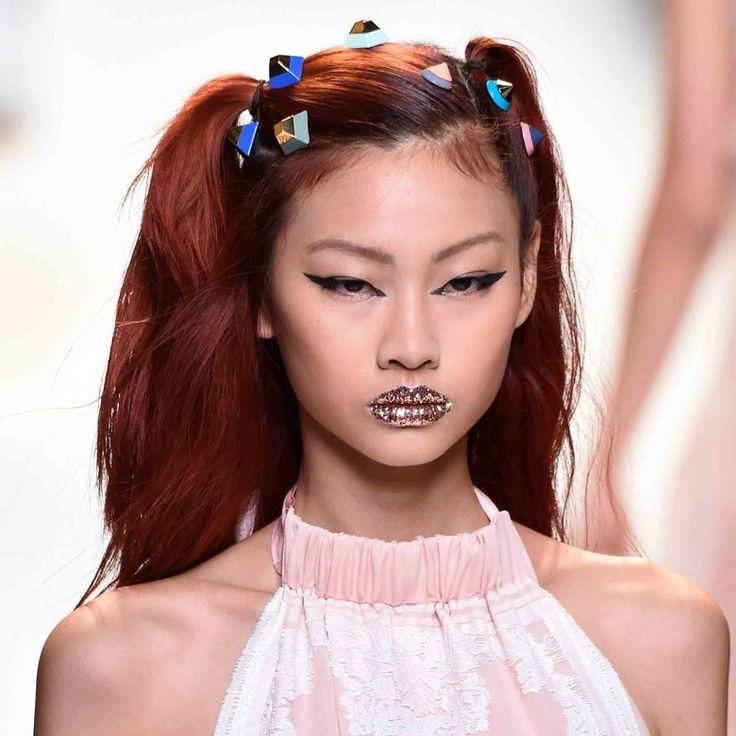 Belle come le modelle! Ecco i PRODOTTI ECONOMICI con cui realizzare i migliori make-up delle fashion week! » Pagina 2 di 2 » ClioMakeUp Blog / Tutto su Trucco, Bellezza e Makeup ;)