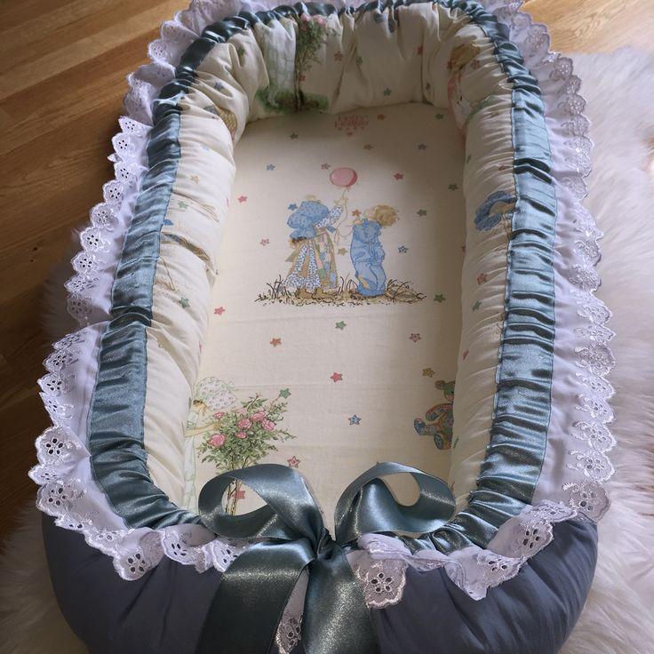 Nytt babynest til salgs FINN-kode: 59440672 #bamse #teddybear #baby2015 #baby #babyutstyr #sommerfugldesign #håndsydd #girl #boy #barnerom #barselsgave #hvaentrengertilnyfødd #hvaentrengernårbabyenkommer #bleiekake #gavetilnyfødd #gaveidetilnyfødd #gaveidetilbarn #gravid #babyseng #barneseng #haisportsbag #haisprinkelseng  #babynest #underlagtilbarn #samsoving #nest #disney #nårbarnetsover #nyfødd #barn #babygave #blonder #babyshower #babybesøk #babyfest #barnefest #sommerfugldesign…