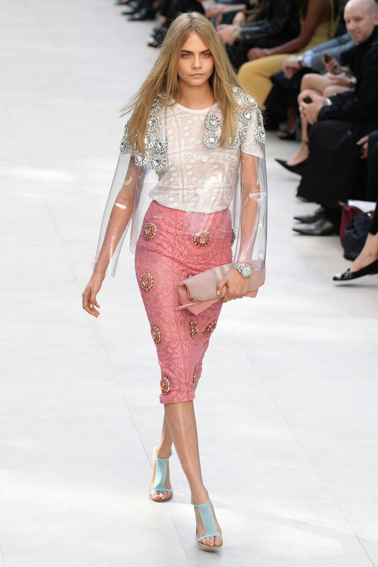 Burberry's lacy, racy & updated spring look