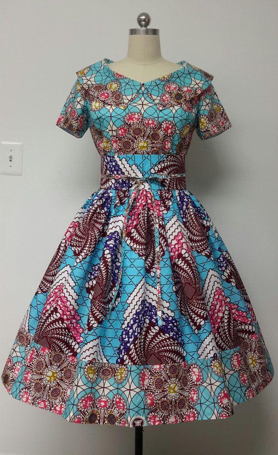 Print africain monté Waist Dress. Mi-bas dos. par NanayahStudio