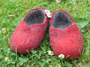Felted wool slippers I will try to sell off this fall, lets see if it's still too hot for people to imagine cold feet.