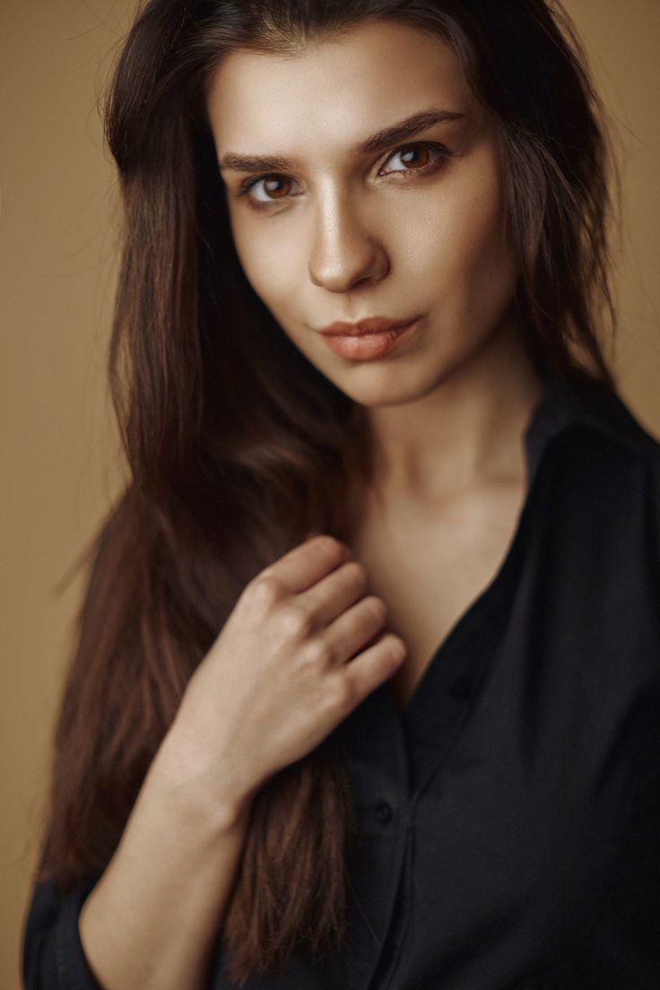 https://flic.kr/p/24jpVDd | Maria C | Studio portrait