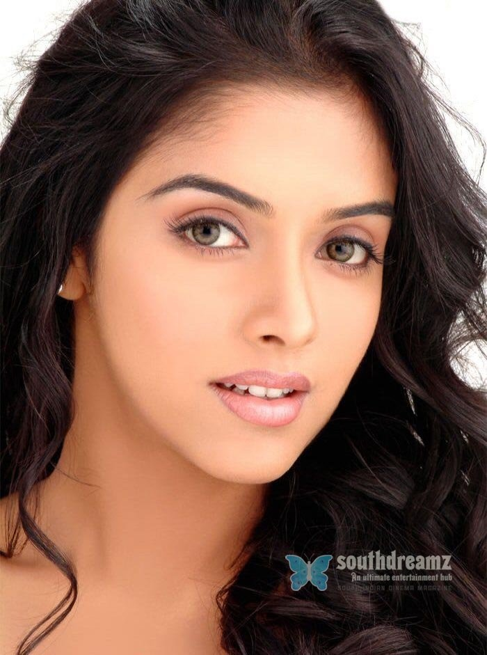 Asin one of the most beautiful women alive <3
