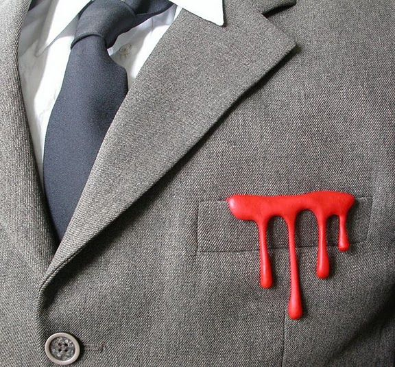 bloody classyHalloween Wedding, Fashion, Brooches, Funny Pics, Style, Vintage Prints, Sissy Westerberg, Business Suits, Pocket Squares