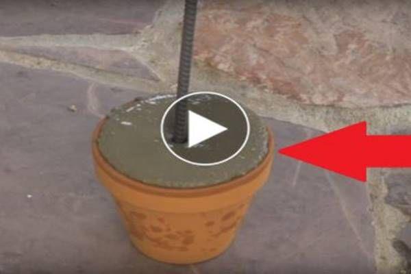 Betont öntött egy üres virágcserépbe, majd egy vas rudat szúrt bele. Az ok zseniális, megcsináljuk mi is! (videó) - Tudasfaja.com