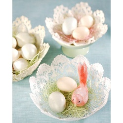 Doily Basket  #Easter #Crafts and #Spring #DIY Projects