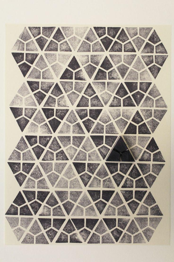 #chiaragregori #connessioni #workshop #visualdesign #idp #verona #graphicdesign #handmade #rubber #stamp #timbriingomma #triangle #lines #geometric #black