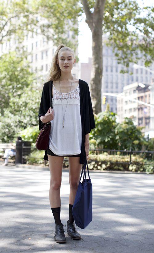 top <3: Black Socks, Street Style, Long Socks, Street Styles, Summer, Women S Styles, Casual Outfits, Shoe Socks, Style Fashion