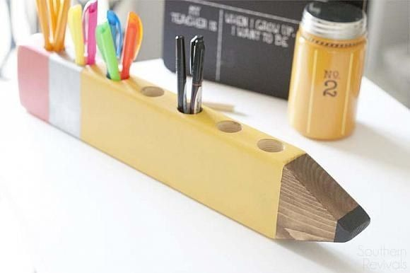 Paint your child's teacher (or your teacher!) a gift they'll use for years to come. | 27 Clever Projects Anyone Can Make With 2x4s