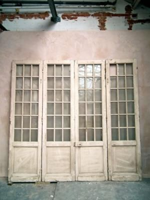 Good quality set of tall bi-folding doors with bevelled glass{br}h.288 w.300{br}£1800
