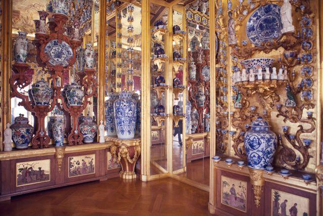 Charlottenburg-Palace-24-chinoiserie-porcelain-room