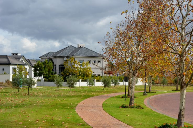 """Val de Vie Estate in Paarl is a pristinely smart and well-kept primary residence development and portrays a """"lived in"""" feeling unlike some holiday or second home developments that are only used seasonally. The people who buy in the estate actually want to and do live in it. Privacy is a fundamental element of the development, so on average there are only two homes per hectare. #ValdeVie #residents #development #privacy"""