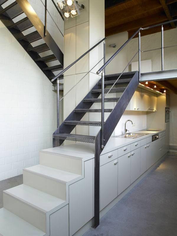 25 beste idee n over metalen trap op pinterest trap ontwerp en trappenhuis ontwerp - Railing trap ontwerp ...