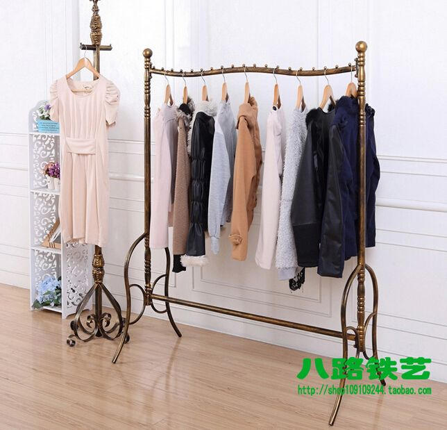 Wrought iron high-end clothing shelves floor display shelf Hang clothes rack display stand men's shelves