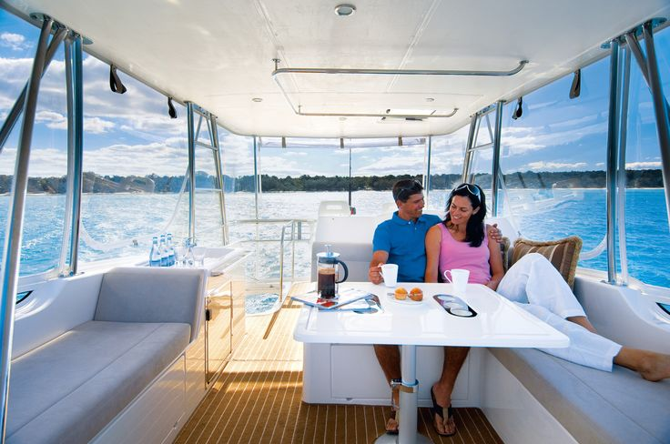 Riviera 45 Open Flybridge Lifestyle