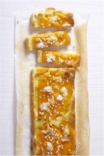 Tarte fine melon et crème d'amandes. Par Relaxnews. #Intermarché #Cooking #Recette #Cuisine #Food #Goûter