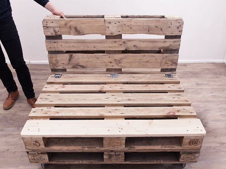 DIY tutorial: Make A Pallet Sofa via DaWanda.com