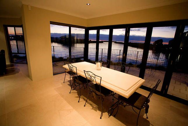 The Dolphin House - Busselton, a Busselton House | Stayz