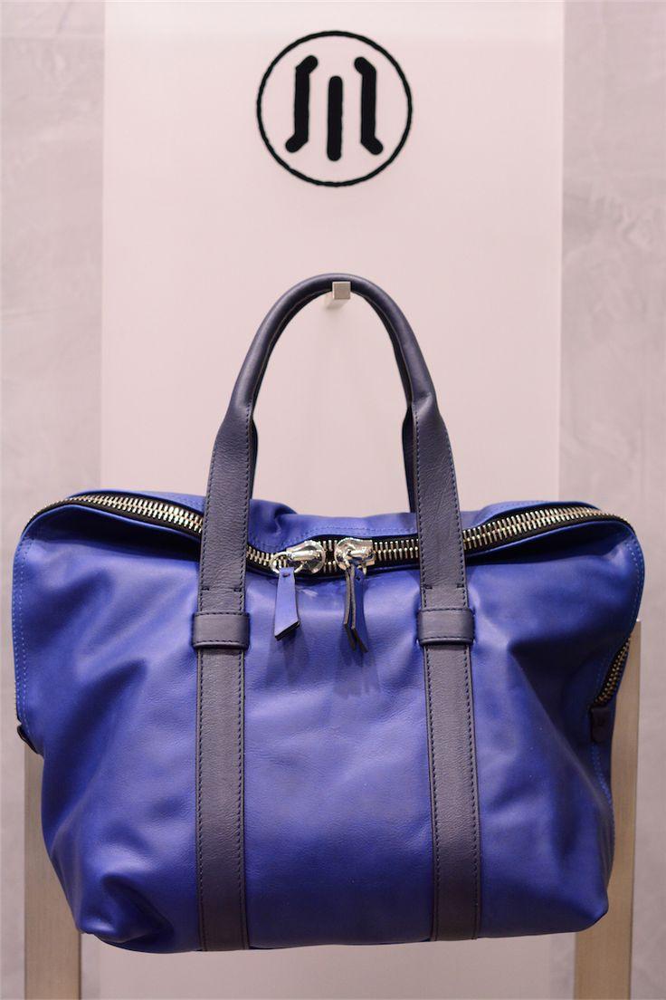 buy it online! www.pelletteriamassi.it #woman #leather #accesories #bag #vogue