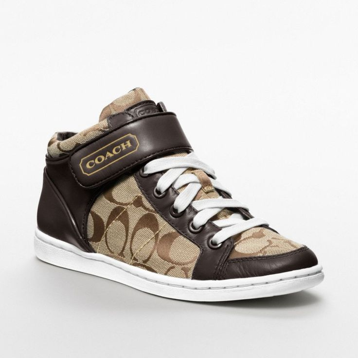 One of my all time favorite pair coach shoes..my absolute favorite is the black like this!