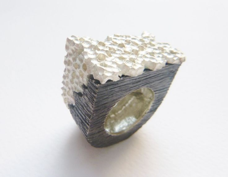 #Contemporary #handmade #ring made of #silver925 by #KonstantinosGeorgopoulos. #black #white #Autor16