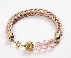http://pinterest.com/loistec  so many great boards    Woven whip bracelet ..... tut
