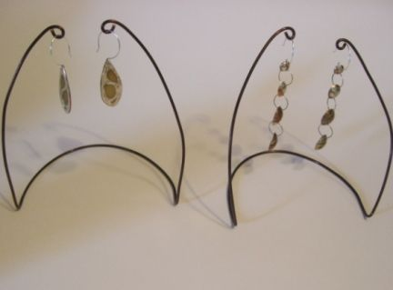 Wire earring displays