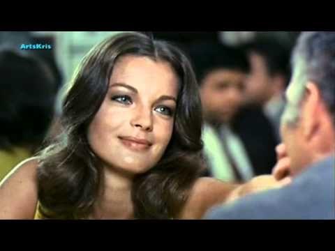 "Romy Schneider & Michel Piccoli ""La chanson d'Hélène"" - YouTube"