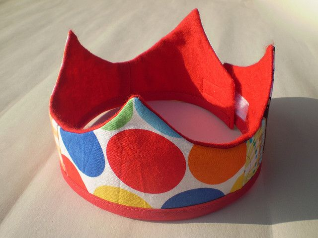 fabric crown - would be fun to make for birthdays!