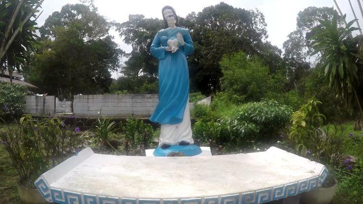 Galang refugee camp / Begini keadaan Pagoda dan Gereja Katolik Kampung V...