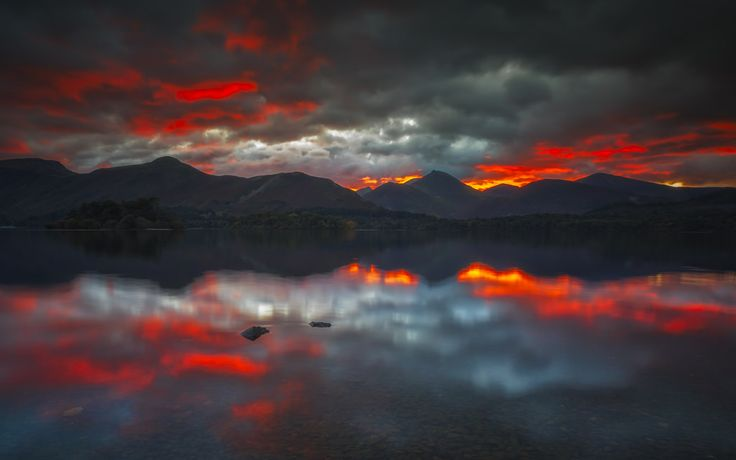 Vemsteroo posted a photo:  One of my favourite spots on Derwentwater. I'm back up to the Lakes for my birthday during mid-January. Winter is a close second to Autumn when it comes to favourite seasons, and I'm hoping the fells will enjoy some snow as the cold January winds blow.  Thanks to all who enjoyed my last image, and hello to the new followers who have found me via explore; it's good to have you here!  Twitter | Website | Facebook | Instagram