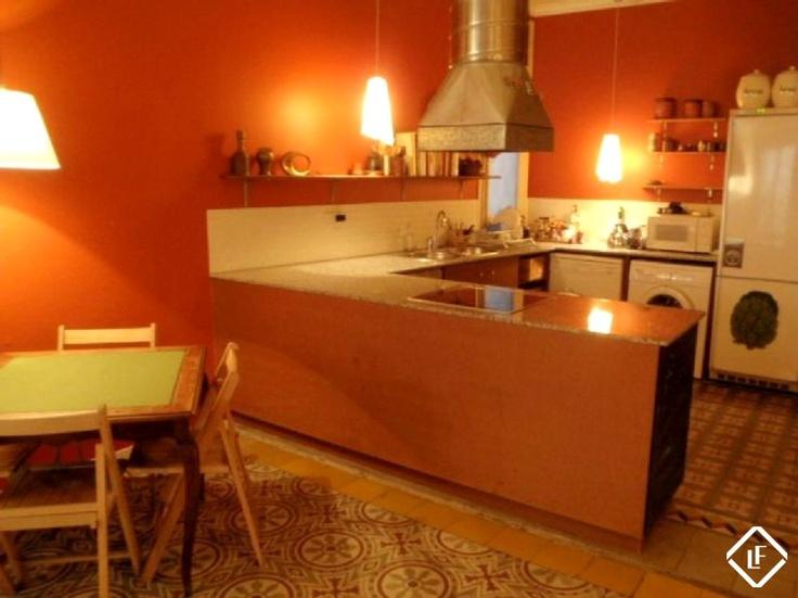 Appartement meublé de 3 chambres à louer à Ciutat Vella, Barcelone.
