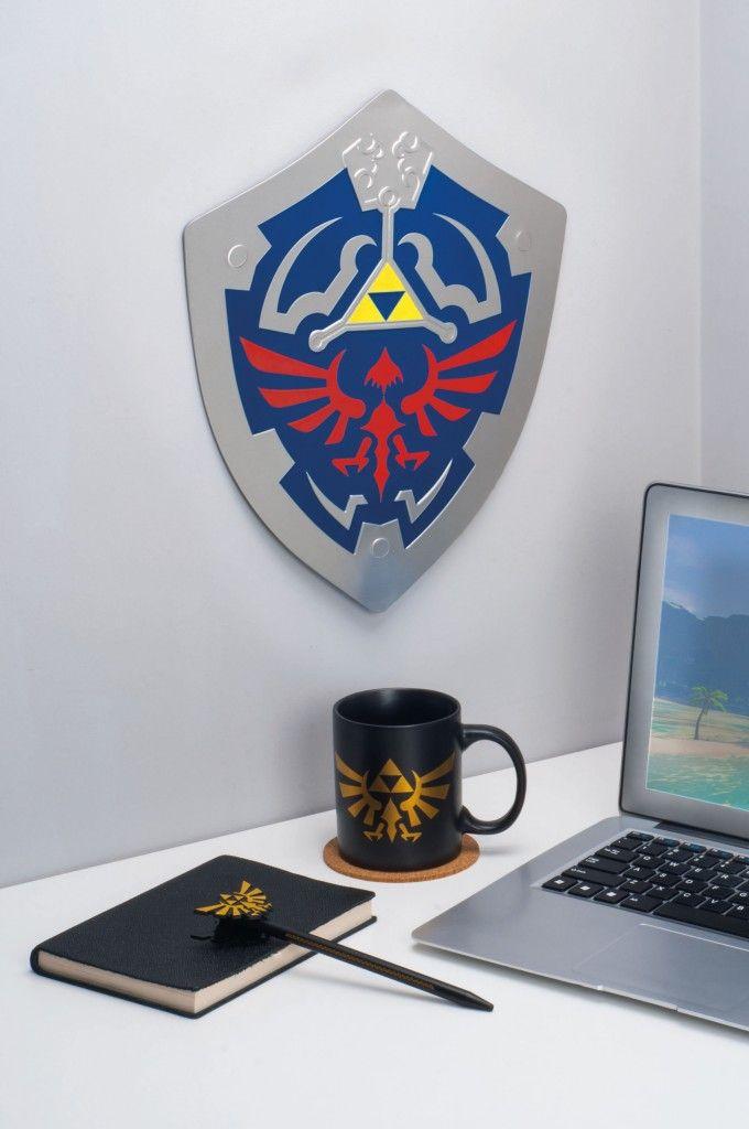 The Legend Of Zelda Hylian Shield Metal Wall Art Legend Of Zelda Legend Of Zelda Merchandise Zelda