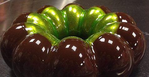 NÁVOD: Tieto torty vyzerajú, akoby boli vyrobené z mramoru. Potrebujete na to len kondenzované mlieko a želatínu! - Báječná vareška