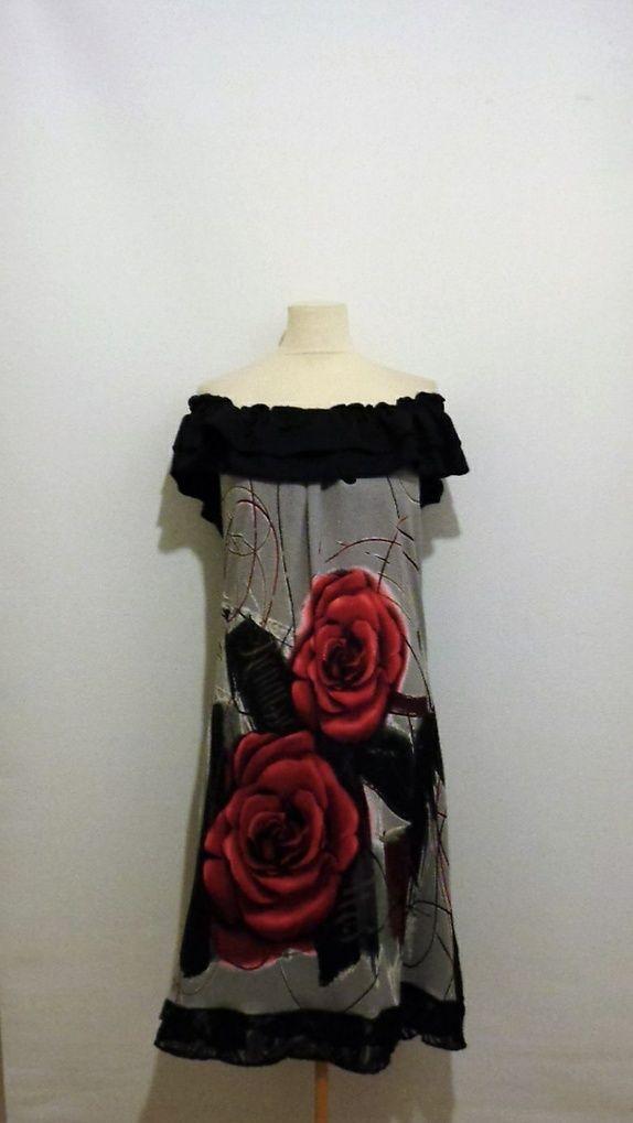 Skulderløs kjole str 42-44