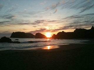 Brookings oceanfront panoramic view 3 or 4 br near harris for Cabin rentals brookings oregon